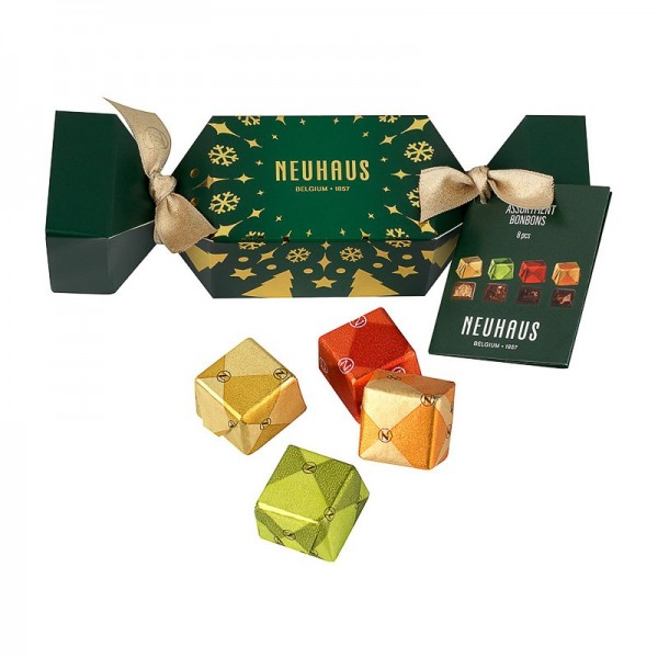 Christmas crackers green...